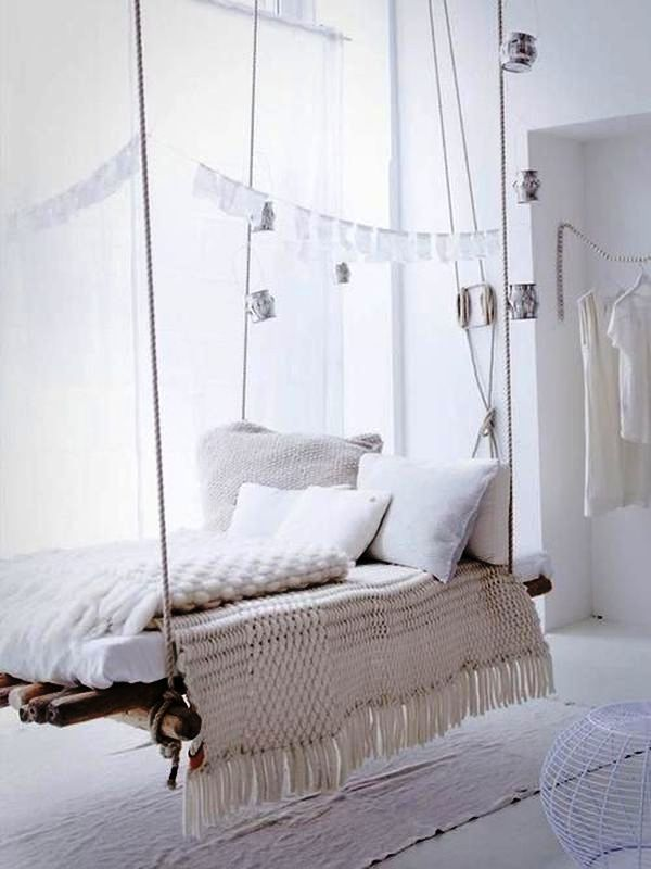 chain-hanging-bed-minimalist-beach