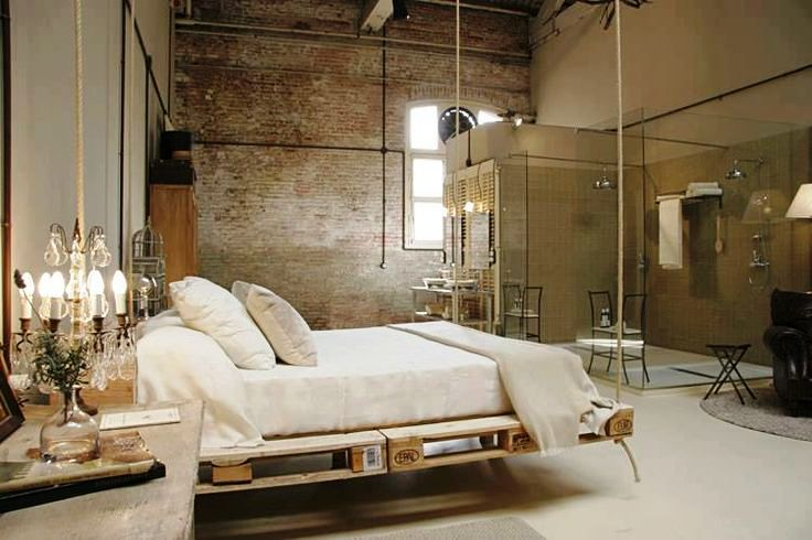 pallet-hanging-bedroom