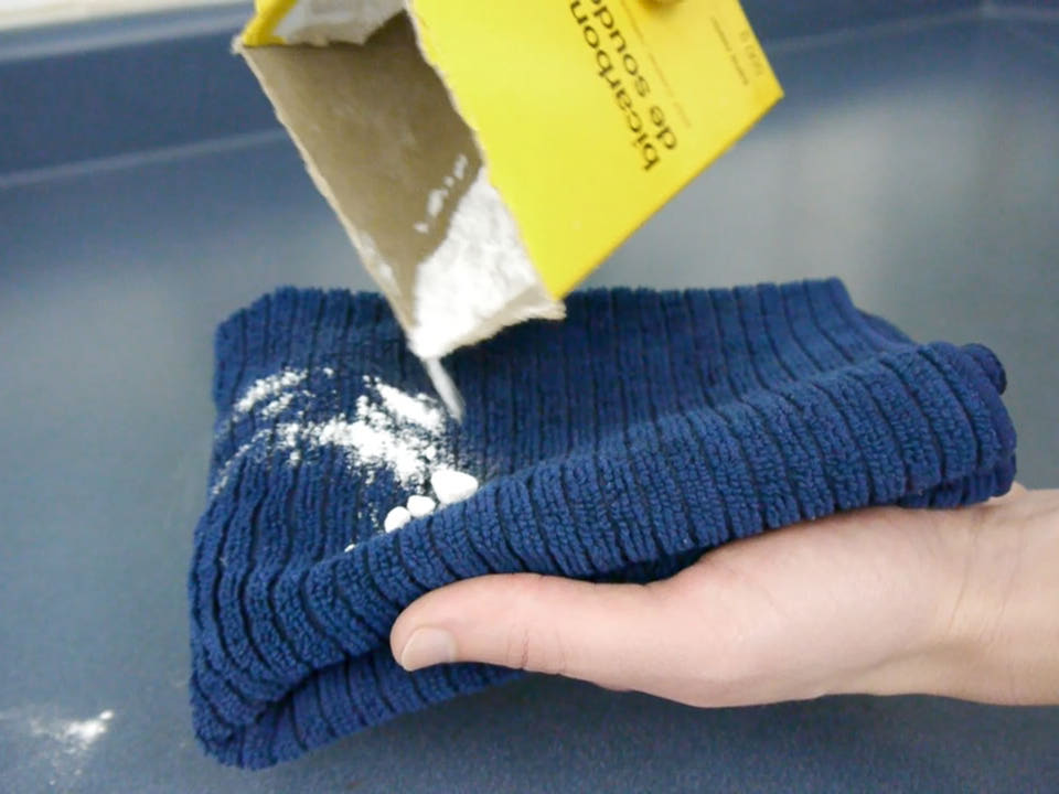 Bicarbonatul de sodiu te ajută la curăţenia în casă