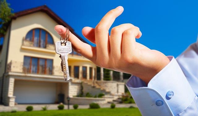 Cu ce reduceri vin dezvoltatorii la târgul imobiliar din Piaţa Constituţiei