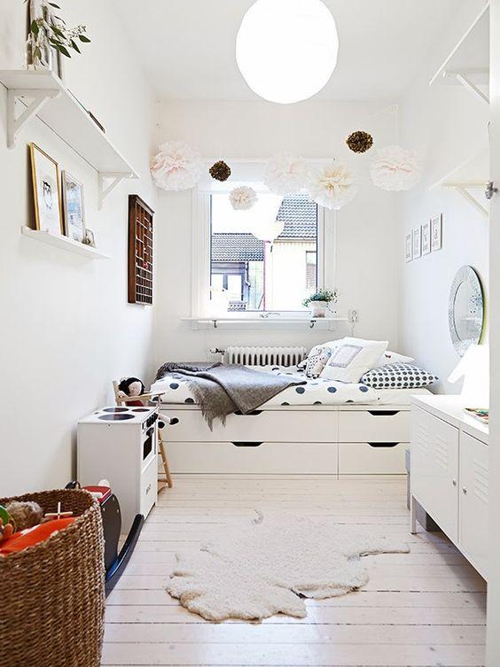 Zece soluţii de depozitare pentru dormitoarele mici