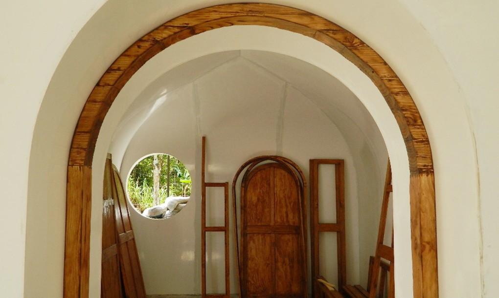 Casa hobbit care se montează în trei zile