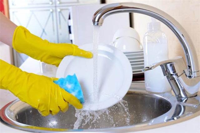 Sarea de bucătărie te ajută la curăţenia în casă