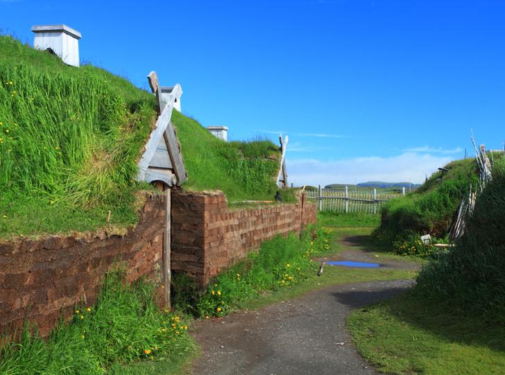 Cum arătau casele construite de vikingi acum 1.000 de ani