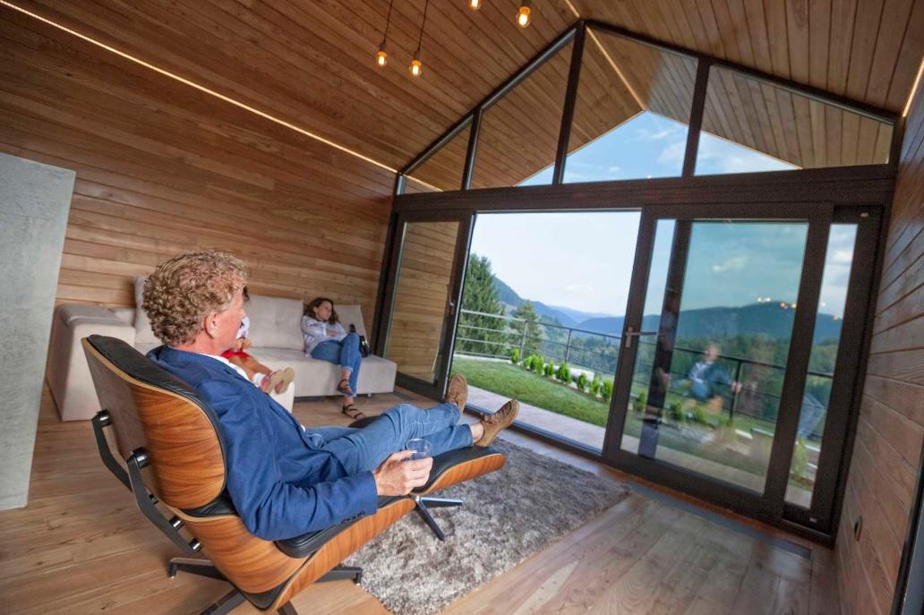 Casele de vacanță eco au facturi cu 60% mai mici la întreţinere