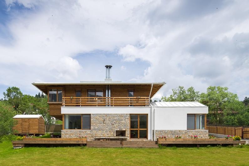 O superb cas de vacan construit n rom nia - Terenes casa rural ...