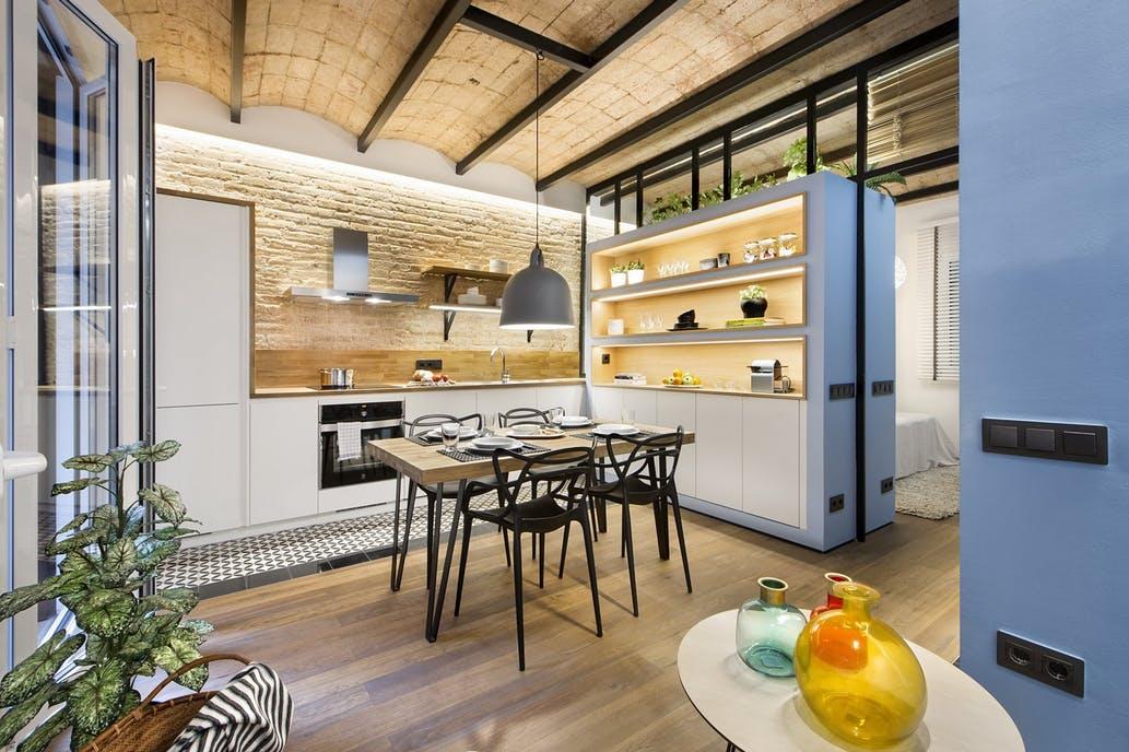 Amenajare spectaculoasă a unei locuinţe de doar 46 de mp
