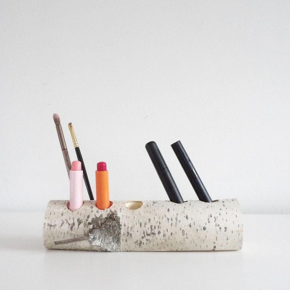 Idei spectaculoase pentru a folosi produsele de machiaj în decor