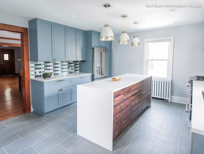Şapte nuanţe de albastru pentru o bucătărie sofisticată