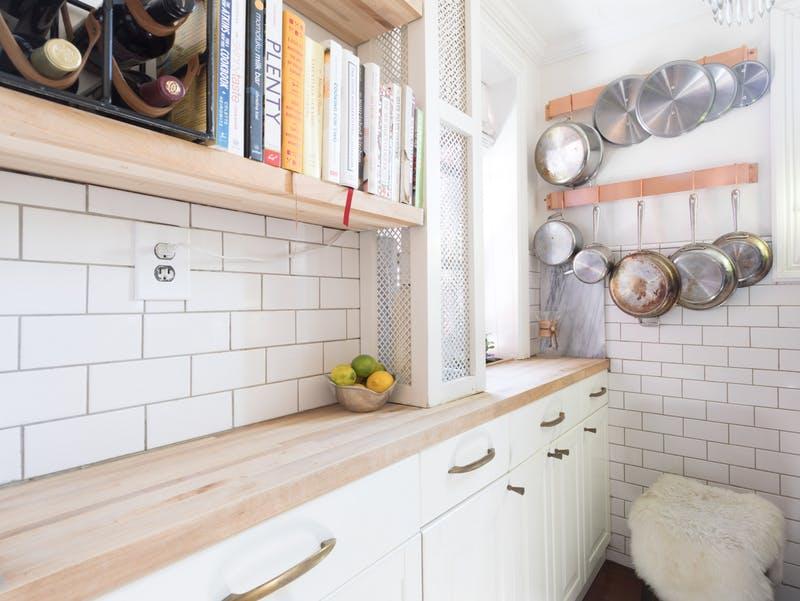 Cele mai bune soluții de amenajare pentru o bucătărie mică