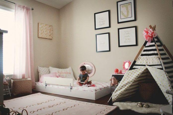 Patul la nivelul podelei, alternativă eficientă pentru cei mici