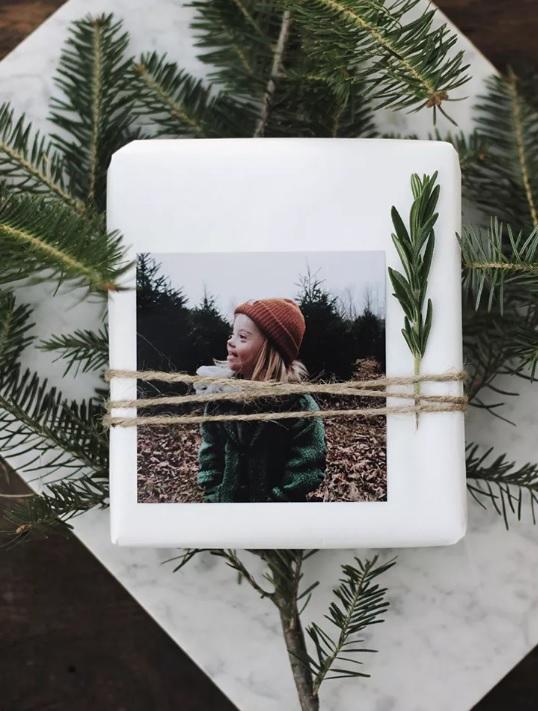 Cele mai frumoase idei de împachetat cadourile de Crăciun