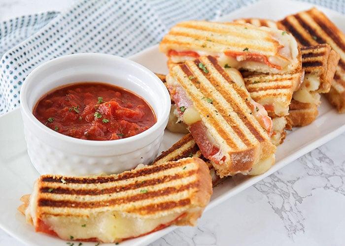sandvișuri cu ardere grasă)